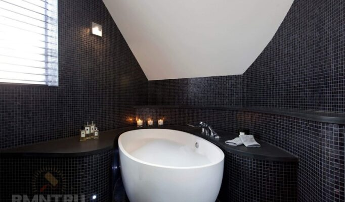 modnye-trendy-dizajn-tualeta-inbspvannoj-v-tjomnyh-tonah-836862d
